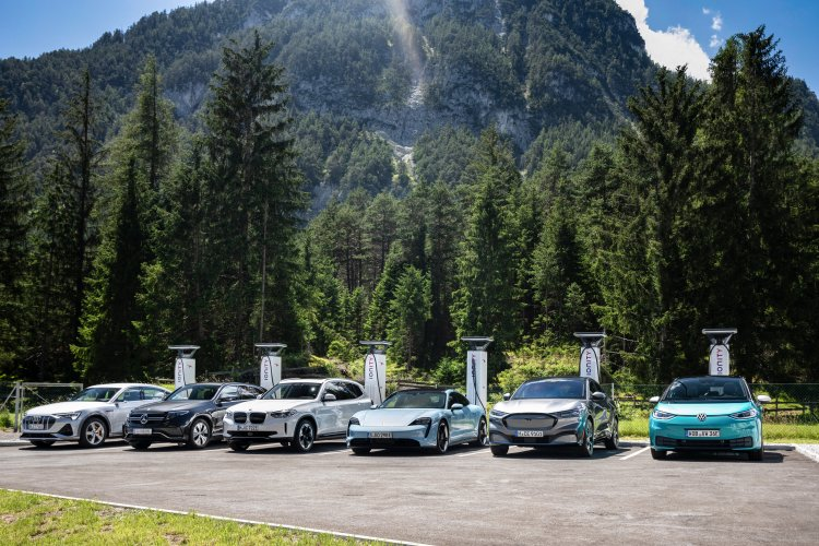 Elektroautos Ladeinfrastruktur zukünftig noch besser Laden