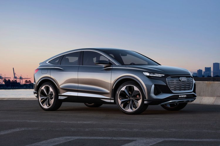 Audi stellt den Audi Q4 e-tron und den Q4 e-tron Sportback offiziell vor