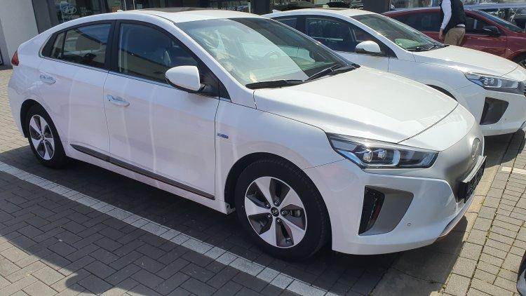 Hyundai Ioniq 28 kWh