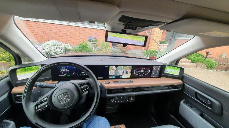 Honda E Advance