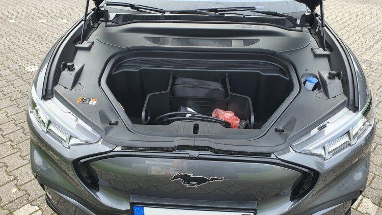 Ford Mustang Mach-E AWD ER