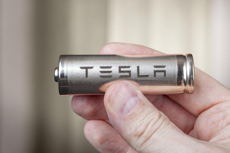 Bringt Tesla eine wesentlich effizientere Batterie?